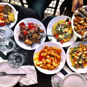 Meze dining
